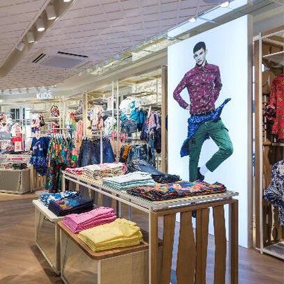 Desigual reabre su tienda en Paseo de Gracia con un nuevo diseño