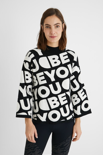 Loose lettering tricot jumper
