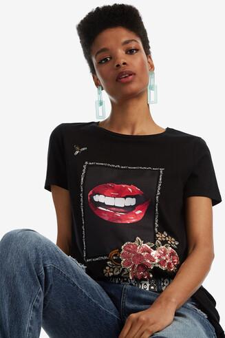 T-shirt lèvres asymétrique