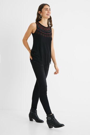 Mehrlagiges, blumiges T-Shirt | Desigual