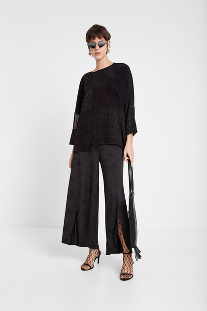 Oversize blouse sheer fabric