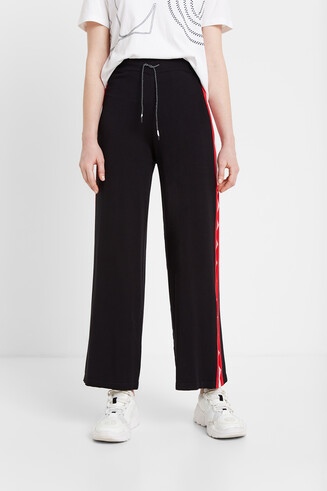 Culottes tracksuit with lace
