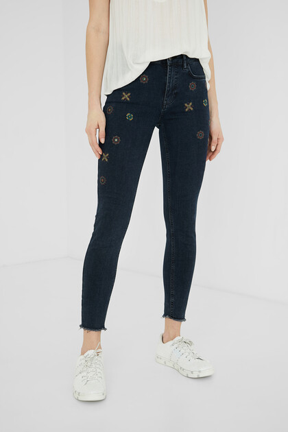 Skinny fit ankle grazer jeans