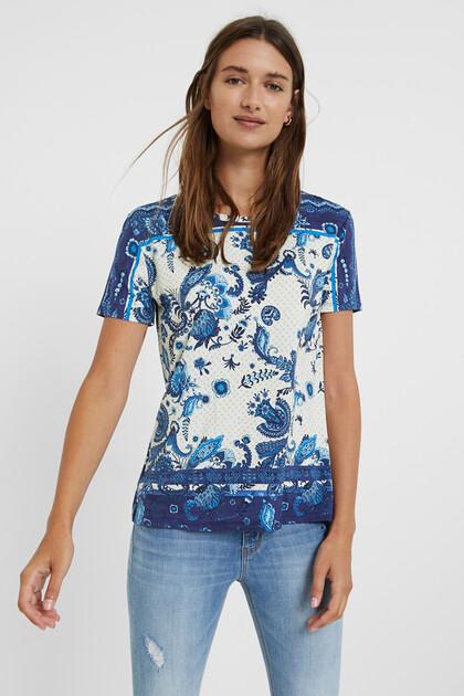 Koszulka z nadrukiem paisley w stylu boho
