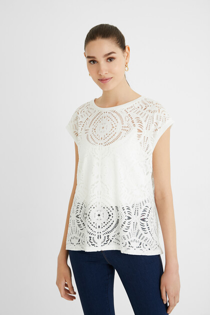 Sleeveless mesh T-shirt