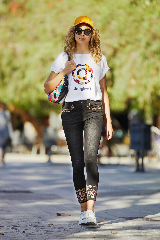 Jeans skinny ricamo | Desigual