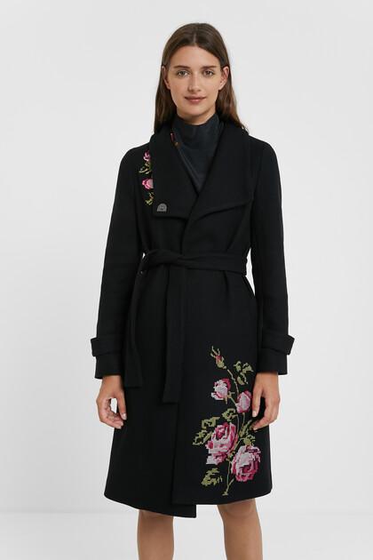 Long high neck coat belt