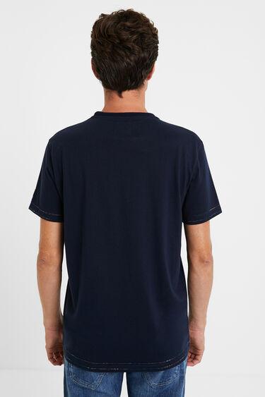 T-shirt com bordado sobre patch | Desigual
