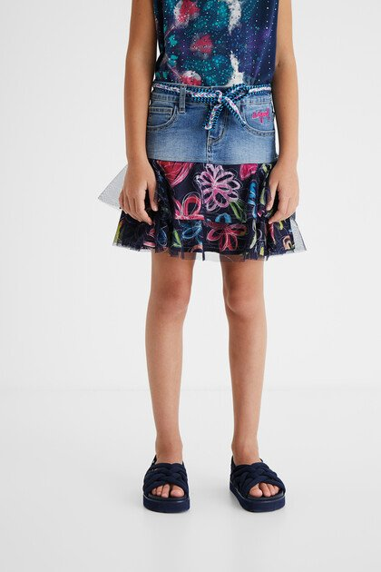 Denim mini-skirt flounces