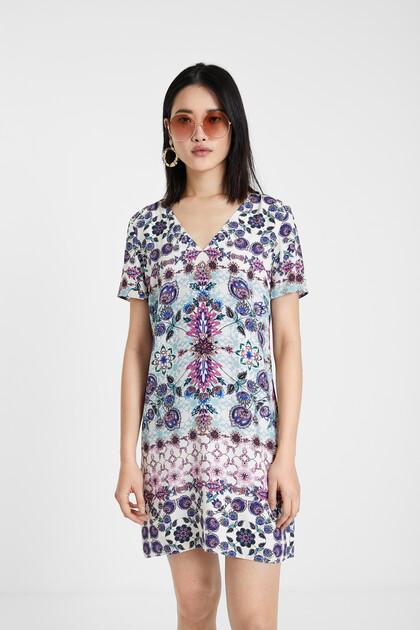 Robe boho fleurie façon t-shirt
