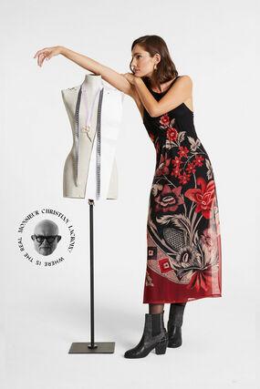 Sleeveless dress back neckline