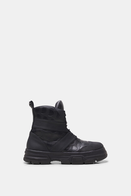 Combat boots monogram
