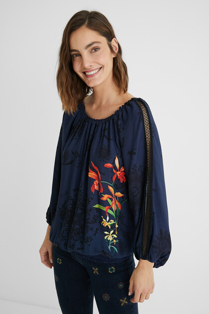 Viscose blouse boat neck