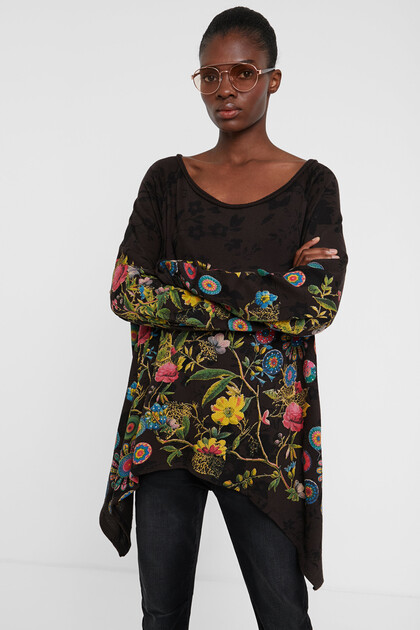 Floral jumper with embroideries