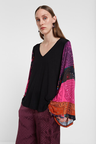 Viscose T-shirt flared sleeves