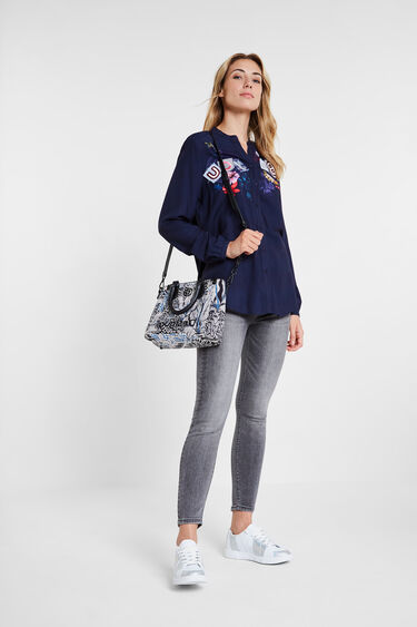 Shirt embroidered lettering   Desigual