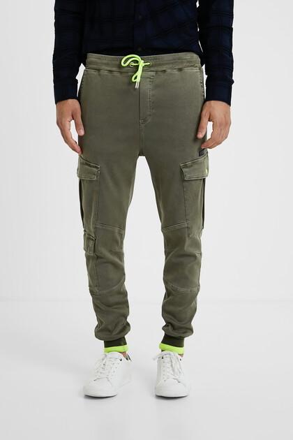 Spodnie joggery typu cargo