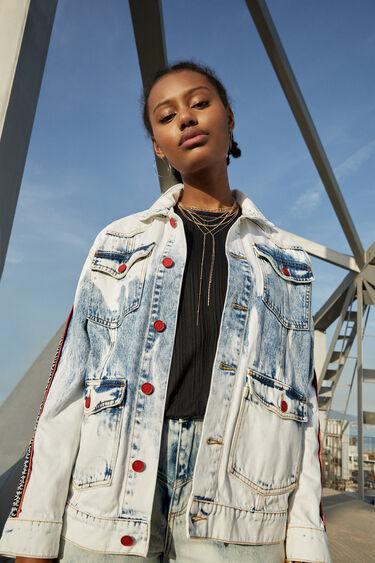 Kurtka jeansowa z ornamentalnym wzorem | Desigual