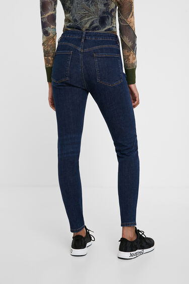 Jeans with heart embroidery | Desigual