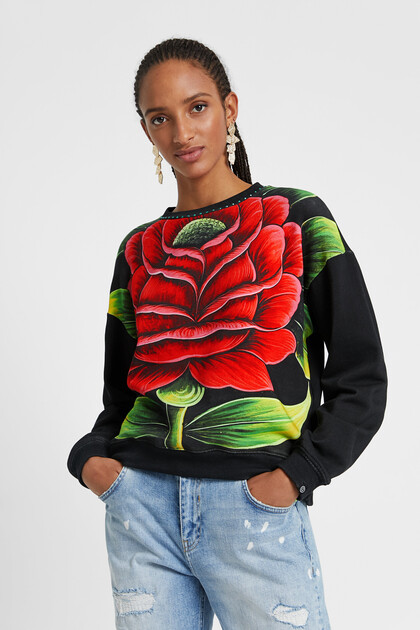 Sweatshirt with flower