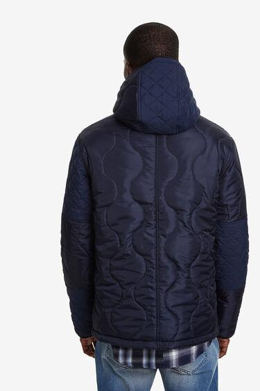 Jaqueta de plomes enconxada | Desigual