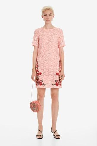 Recht model jurk met kant Nakato