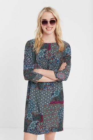 Kurzes Boho-Kleid mit Mandalas