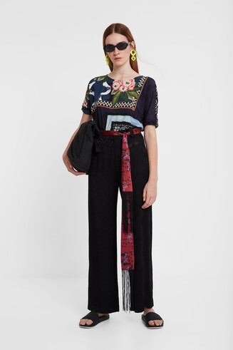 Trousers with scarf belt