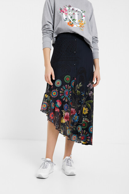 Long flared skirt with tulle and mandalas