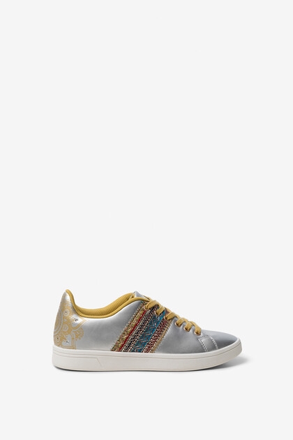 Exotic band sneakers