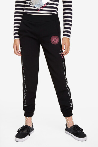 Tracksuit trousers with cuffs on the ankles