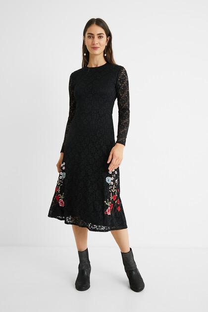 Vestido renda flores
