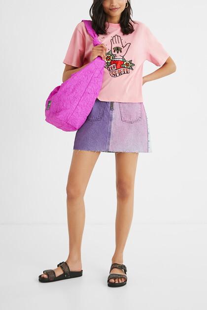 Cropped T-shirt met versiering aan de voorkant