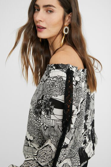 Black and white blouse lace sleeves | Desigual