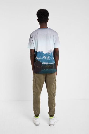 T-shirt oversize mountaineer print | Desigual