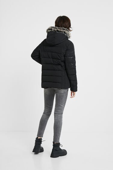 Slim hooded jacket removable fur | Desigual