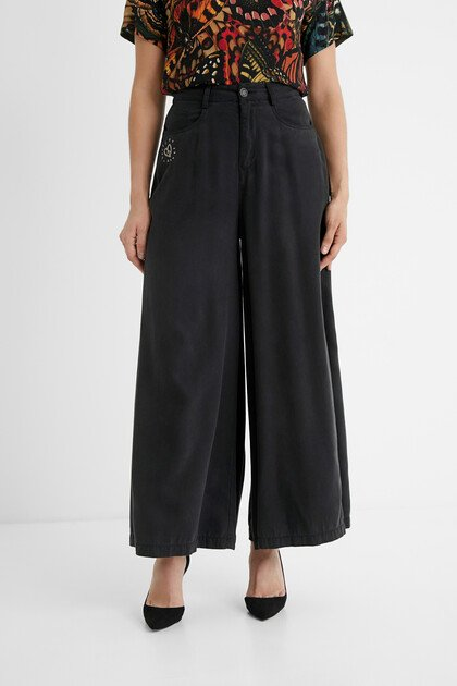 Super-wide leg trousers