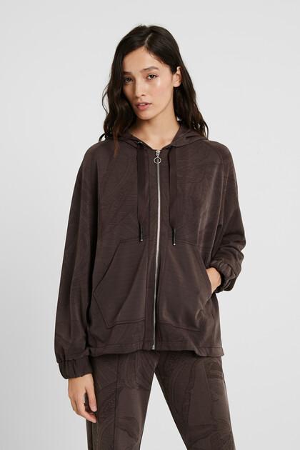 Hooded sweatshirt with zipper