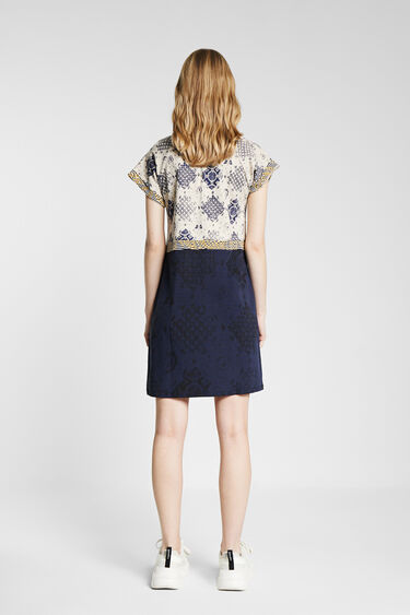 Patch geometric print dress | Desigual