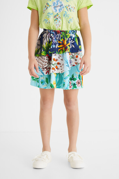 Short skirt flounces elastic waist