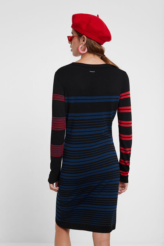 Obcisła sukienka koszulkowa | Desigual