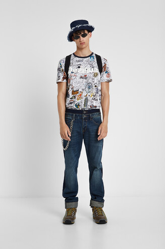 100% cotton print all over travel T-shirt