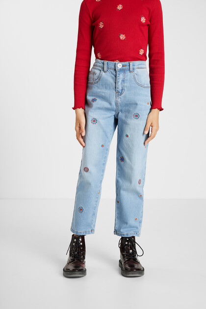Mum fit embroidered jeans