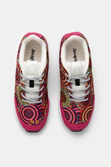 Running sneakers embroidered | Desigual