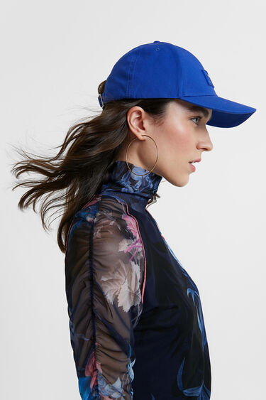 Cap logo plate and messages | Desigual