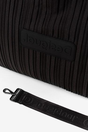 Sport bag with bag sneakers | Desigual