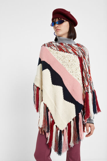 Knit patch poncho | Desigual