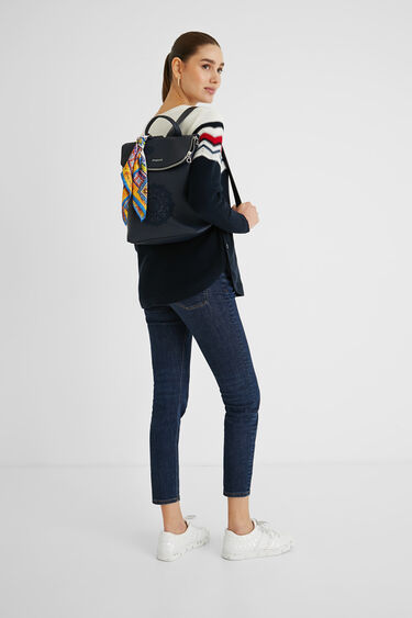 Square backpack scarf | Desigual