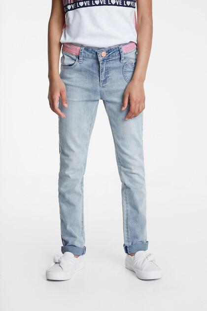 Jeans cuore ricamato