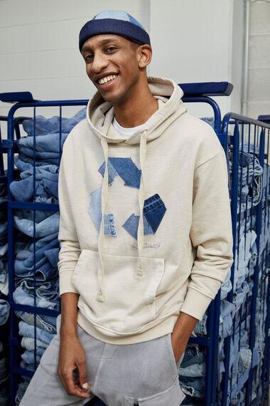 Bluza z bawełny pochodzącej z recyklingu